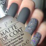 diseños de uñas color mate