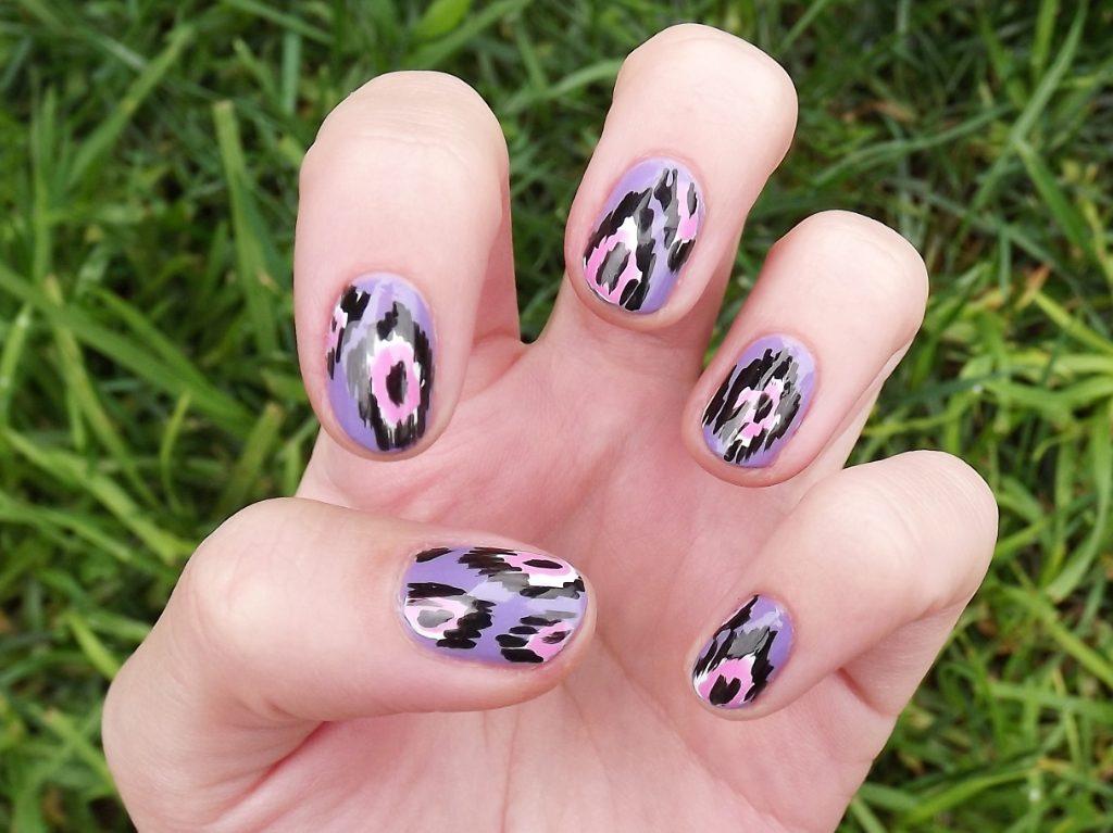 ikat decoracion de uñas