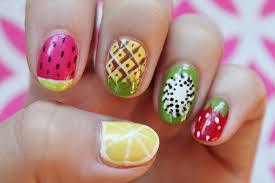 diseñar y pintar las uñas