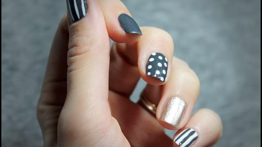 diseño uñas decoradas puntos rayas
