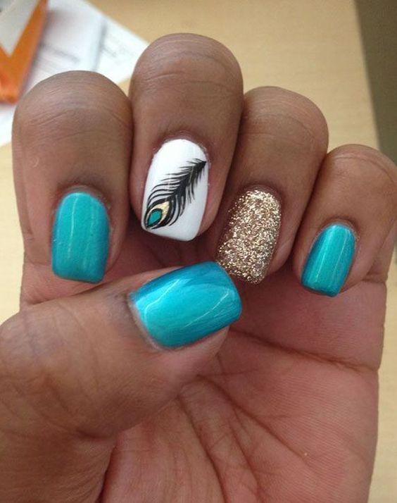 diseños plumas uñas