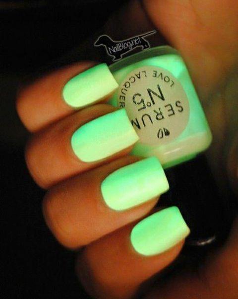 diseños-de-uñas-neon-Nail-Art-Design-08
