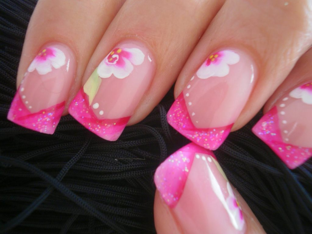 uñas-rosa-combinadas-ternura-de-francesa