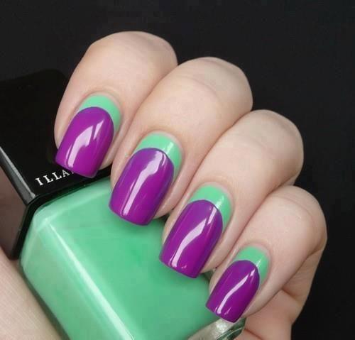 unas-violeta